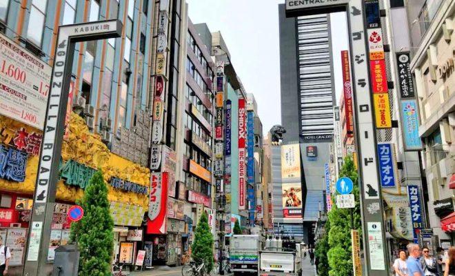 絶対に行きたい!新宿観光スポット5選