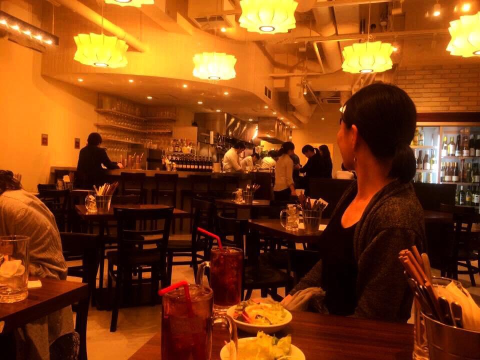 肉ビストロWAIGAYA 新宿三丁目店 店内