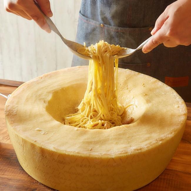 【チーズ屋さんのカルボナーラ】